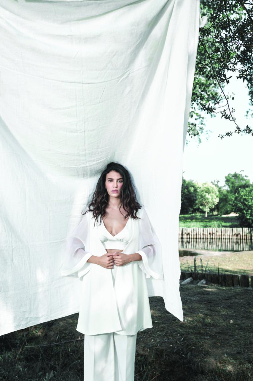 abito da sposa-abiti nuziali-artigianali-collezione 2020-modello asia -biancadottobre
