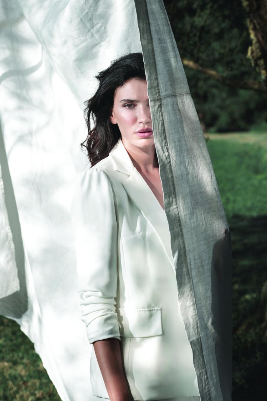 abito da sposa-abito nuziale-artigianali-collezione 2021-modello spagna-biancadottobre