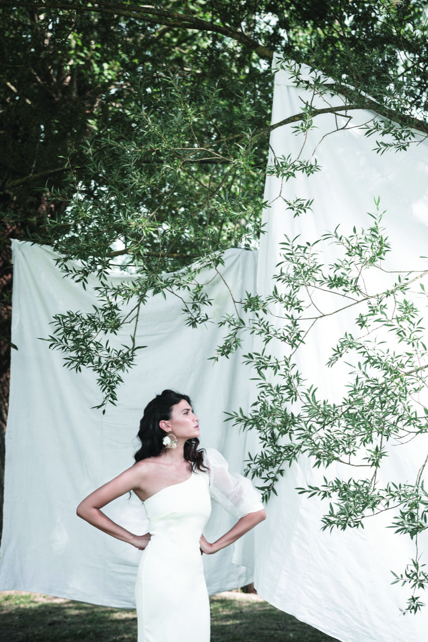biancadottobre-abiti da sposa-abiti nuziali-artigianali-collezione 2020-modello Svezia